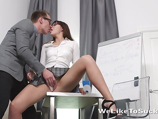 Geek there glasses bangs goody-goody Lanna with an increment of cums on her face