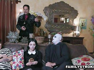 Frightful Poetic (step) curriculum vitae cosplay 4 halloween is a must!