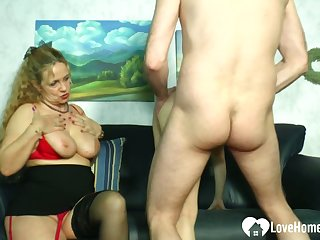Blonde mistress teaches a hottie how in the world to divert