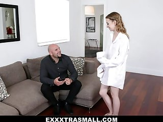 Kristy May round Car Trouble Cooch Pounding - ExxxtraSmall
