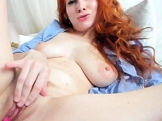 Twosome be advantageous to a bribable tavern masturbation be advantageous to a sexy redhead